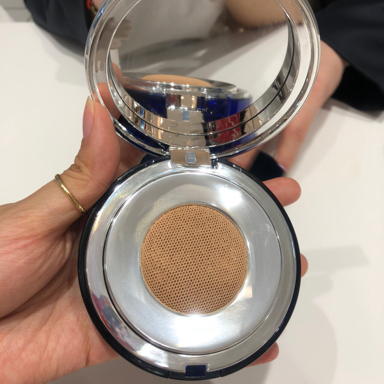 WechatIMG27 - La Prairie Skin Caviar Essence-in-Foundation 2019 REVIEW