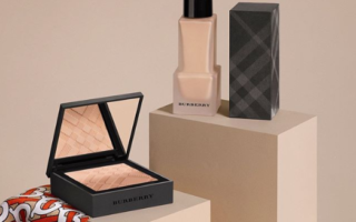BURBERRY NEW MATTE GLOW FOUNDATION FOR FALL 2019 9 320x200 - BURBERRY NEW MATTE GLOW FOUNDATION FOR FALL 2019