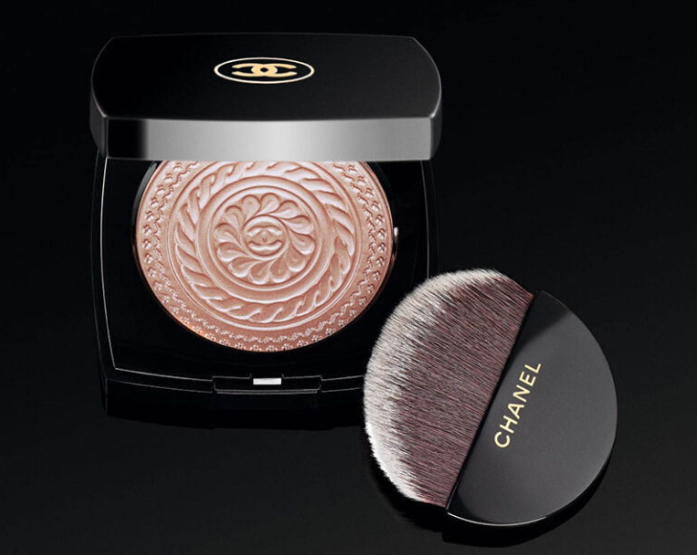 CHANEL HOLIDAY 2019 MAKEUP COLLECTION 2 1 - CHANEL 2019 Christmas Holiday Collection And Sets