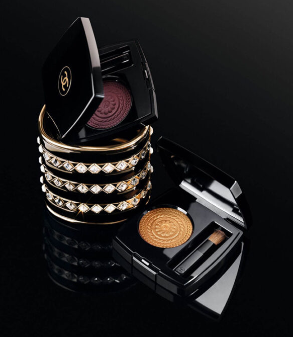 CHANEL HOLIDAY 2019 MAKEUP COLLECTION 3 1 - CHANEL 2019 Christmas Holiday Collection And Sets
