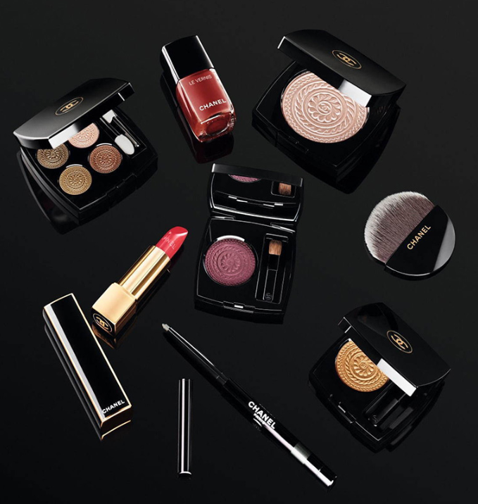 CHANEL HOLIDAY 2019 MAKEUP COLLECTION 7 - CHANEL 2019 Christmas Holiday Collection And Sets