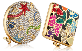 ESTEE LAUDER HOLIDAY 2019 COMPACTS BY MONICA RICH KOSANN 320x200 - ESTEE LAUDER 2019 Christmas Holiday Collection