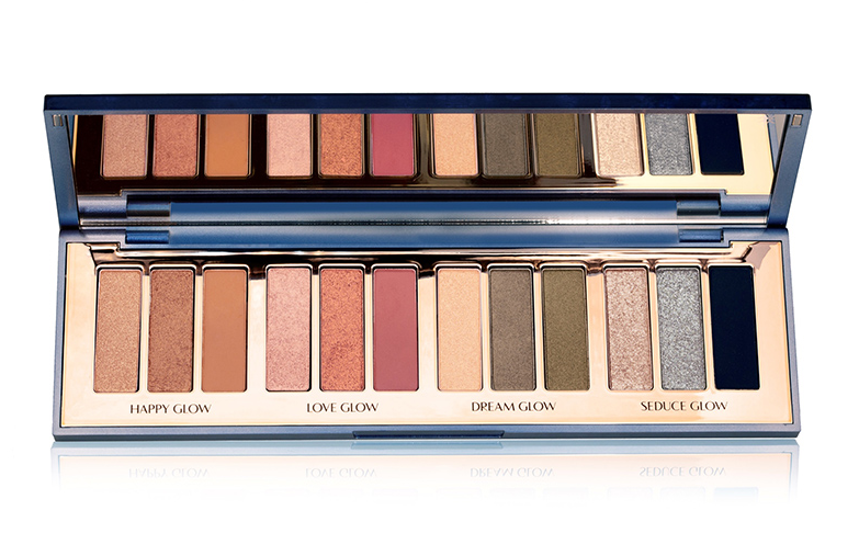 CHARLOTTE TILBURY STARRY EYES TO HYPNOTISE EYESHADOW PALETTE FOR HOLIDAY 2019 1 - CHARLOTTE TILBURY 2019 Christmas Holiday Collection