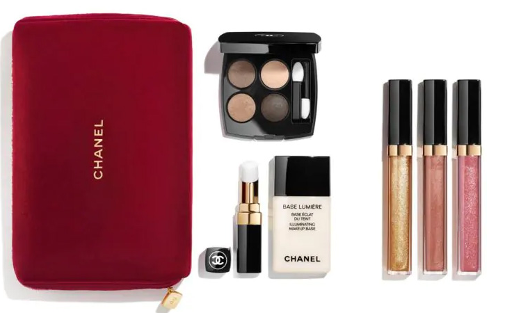 Chanel Holiday 2019 Sets 739x450 - CHANEL 2019 Christmas Holiday Collection And Sets