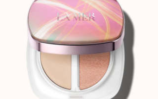 La Mer The Glow Highlighter 320x200 - LA MER 2019 Christmas Holiday Collection
