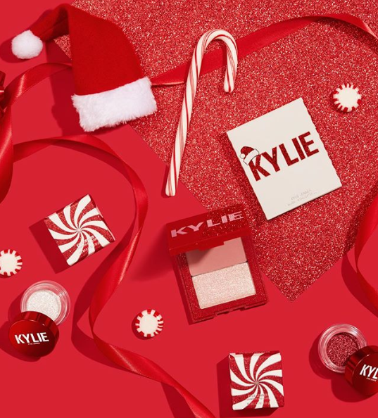 Kylie Christmas Collection 2021 Kylie Cosmetics 2019 Christmas Holiday Collection Chic Moey