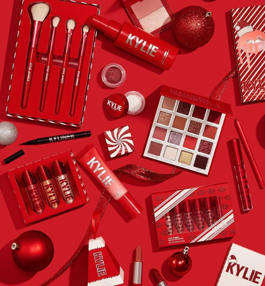 KYLIE COSMETICS 2019 Christmas Holiday Collection 4 - KYLIE COSMETICS 2019 Christmas Holiday Collection