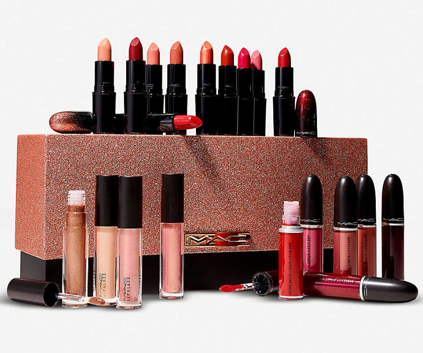 MAC COLLECTOR OF THE STARS KIT FOR HOLIDAY 2019 1 - MAC COLLECTOR OF THE STARS KIT FOR HOLIDAY 2019
