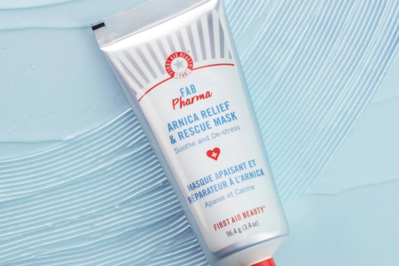 FIRST AID BEAUTY PHARMA ARNICA RELIEF RESCUE MASK 450x300 - FIRST AID BEAUTY PHARMA ARNICA RELIEF & RESCUE MASK