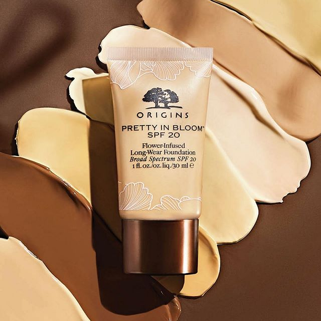 ORIGINS PRETTY IN BLOOM FLOWER INFUSED LONG WEAR FOUNDATION 1 - ORIGINS PRETTY IN BLOOM FLOWER-INFUSED LONG-WEAR FOUNDATION