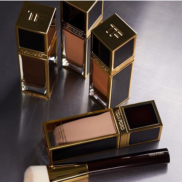 TOM FORD SHADE AND ILLUMINATE SOFT RADIANCE FOUNDATION SPF 50 EXCLUSIVE TO NORDSTROM 1 - TOM FORD SHADE AND ILLUMINATE SOFT RADIANCE FOUNDATION SPF 50 EXCLUSIVE TO NORDSTROM