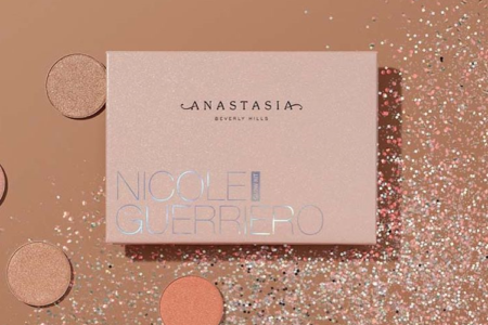 ANASTASIA BEVERLY HILLS NICOLE GUERRIERO GLOW KIT PALETTE IS COMING BACK 1 450x300 - ANASTASIA BEVERLY HILLS NICOLE GUERRIERO GLOW KIT PALETTE IS COMING BACK