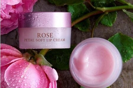 94717801 225929165410511 1401195196590995569 n 450x300 - The Rosé Petal for Fresh Beauty