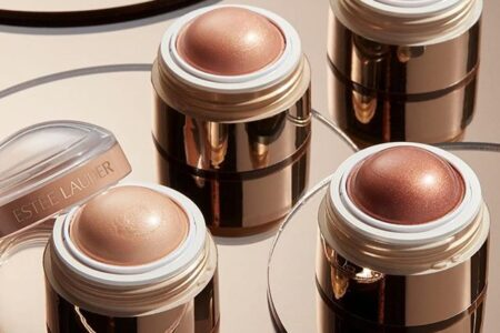 97241856 859005801177478 5390992122873206384 n 450x300 - Estee Lauder The Glow 2020