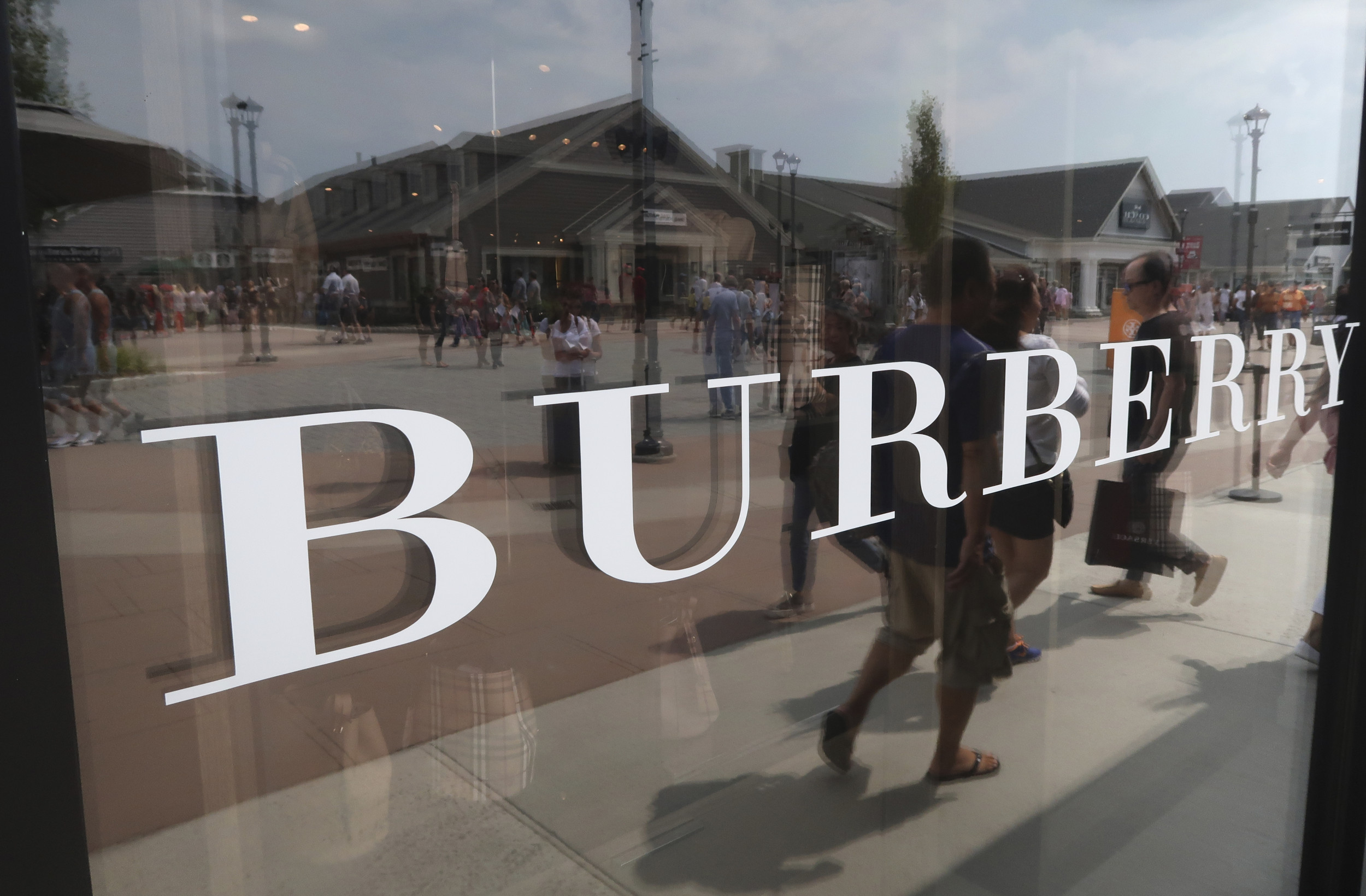 Burberry US Cyber Monday - Burberry US Cyber Monday 2020
