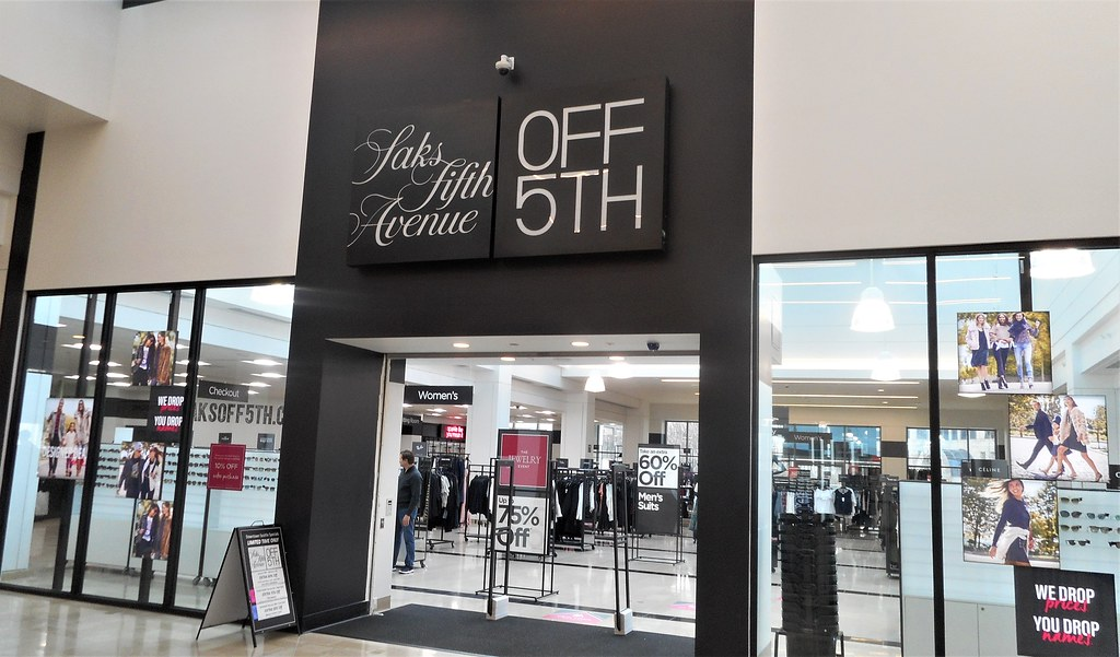Saks Fifth Avenue OFF 5TH Cyber Monday 1 - Saks Fifth Avenue OFF 5TH Cyber Monday 2020