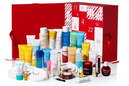 1 6 450x300 - Clarins x Selfridges Exclusive 24 Days of Christmas Advent Calendar 2020