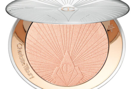 1 8 450x300 - Charlotte Tilbury Highlighter Superstar Glow&New Jewel Lips Shade 2020
