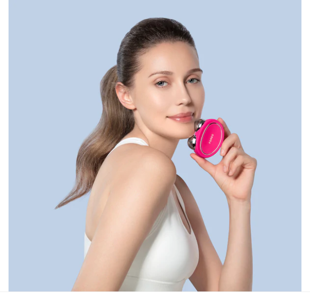 454SZYVFDNE3NAWIW - Foreo Launches New Facial Toning Massagers 2020