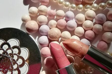 11 450x300 - Guerlain Pearl Glow Makeup Collection Spring 2021