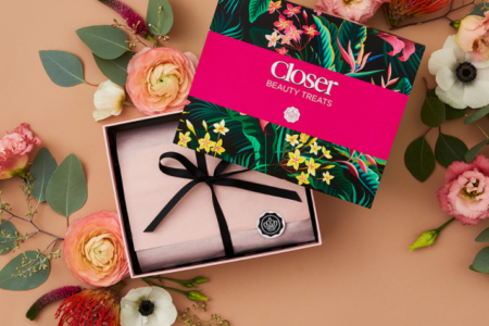 1 42 450x300 - Glossybox x Closer limited edition Beauty Box